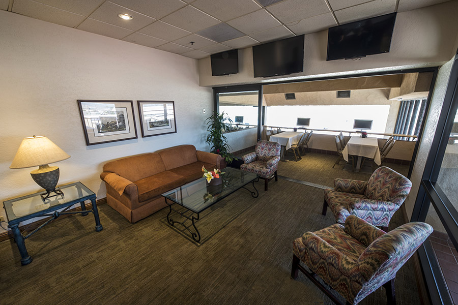 Luxury Suite Lounge Area